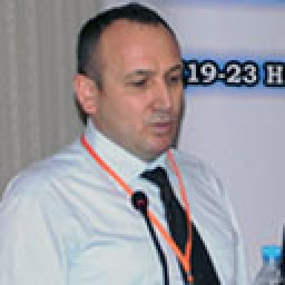 Dr. Ahmet ÖZ