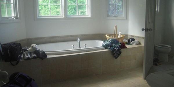 Sağlıklı ve mutlu bir cinsel yaşam için evlerde ebeveyn banyosu şart...
