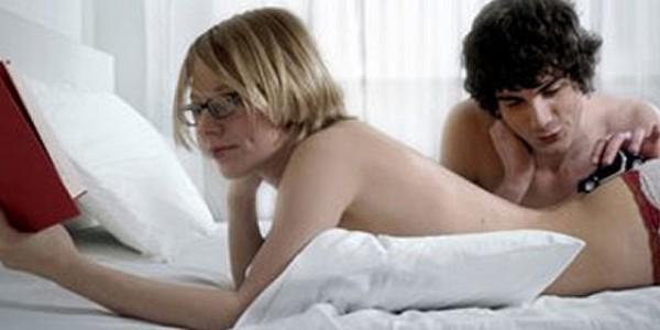 Seks bağımlıları içlerindeki derin boşluğu aşırı seksle doldurmaya çalışıyorlar...