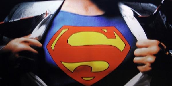Türkiye'de Her On Erkekten Yedisi Süpermen!
